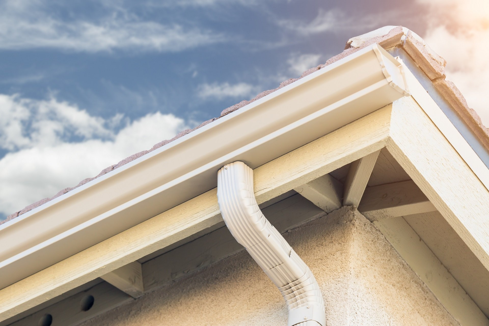 Nobody provides better gutter repair, replacement, and installation services than Woodall Heating & Cooling.